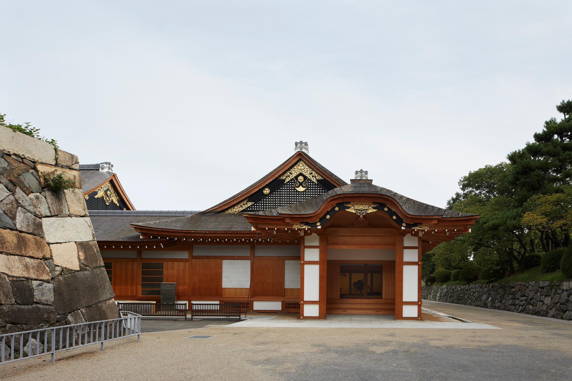 名古屋城公式おみやげ「NAGOYA CASTLE」シリーズ第1弾!